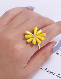 Fashion White Flower Crystal Alloy Open Ring