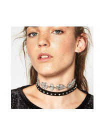 Exaggerated Black Rive&diamond Flower Decorated Double Layer Chocker