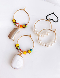 Fashion Gold Alloy Pearl Resin Beads Earrings