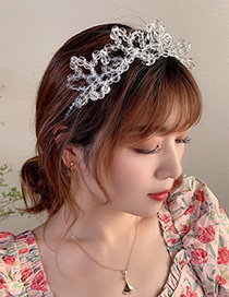 Fashion White Crystal Beaded Flower Hollow Hair Band