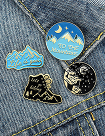 Fashion Shoes Trekking Mountain Adventure Dripping Alloy Round Brooch