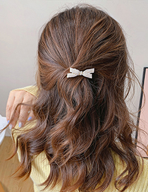 Fashion Pearl Butterfly Pearl Diamond Butterfly Combined With Blonde Clip