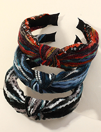 Fashion Black Knitted Thick Woolen Yarn With A Wide Side Headband