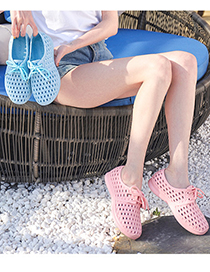 Fashion Light Pink Braided Lace-up Flat-bottom Hole Shoes