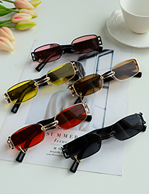 Fashion Yellow Alloy Resin Small Frame Wide Temple Sunglasses