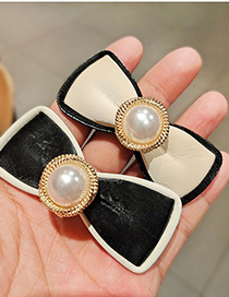 Fashion White Pu Leather Bow Pearl Word Clip