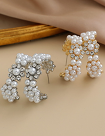 Fashion Gold Color Alloy Diamond Pearl Flower Round Stud Earrings