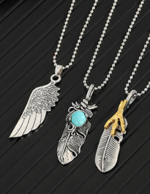 Fashion Claw Feather Feather Wing Pendant Alloy Necklace