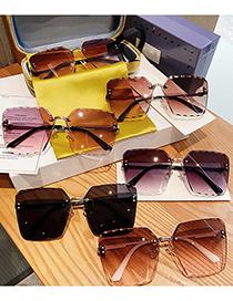 Fashion Gradient Tea Large Frame Metal Rimless Diamond Trim Sunglasses