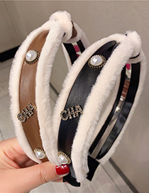 Fashion Coffee Color Leather Hairy Knotted Pearl Headband
