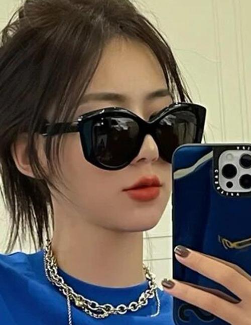 Fashion Real White And Full Gray Irregular Cat-eye Large-frame Sunglasses