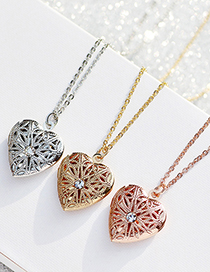 Fashion Kc Gold Love Heart Hollow Crystal Openable Photo Box Necklace