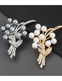 Fashion Golden Alloy Diamond Pearl Bouquet Brooch