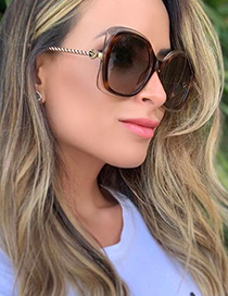 Fashion White/gradient Tea Twist Metal Square Frame Sunglasses