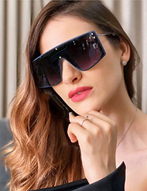 Fashion Bright Black / Upper Blue And Lower Tea Large Frame One-piece Sunglasses