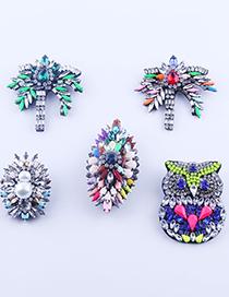 Fashion E Full Drill Leaf Owl Brooch
