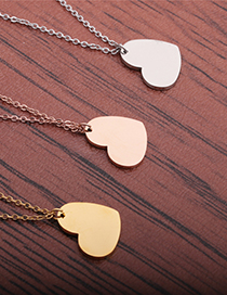 Fashion Gold Color Peach Heart Stainless Steel Mirror Polished Peach Heart Necklace