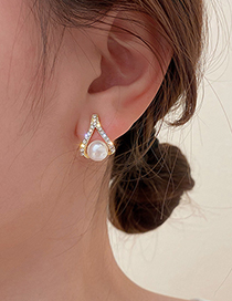 Fashion Gold Color Pearl And Diamond Drop Earrings