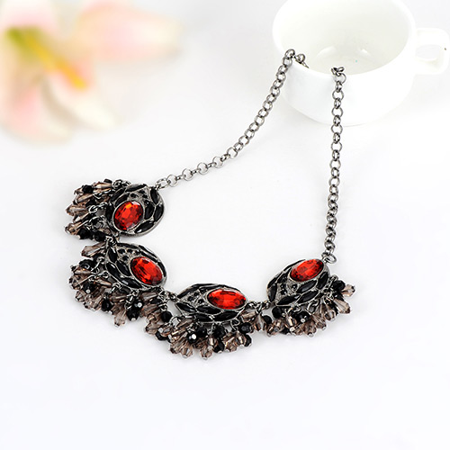 Fashion Red Tassel Pendant Decorated Color Matching Necklace