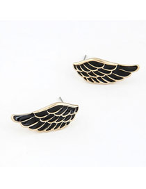 Baltic Black Sweet Wings Shape Design