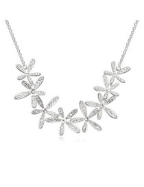 2013 Silver Color Exquisite Flowers Style Austrian Crystal Crystal Necklaces