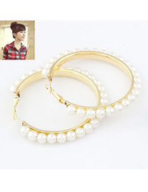 Heather Gold Color Big Circle Pearl Design