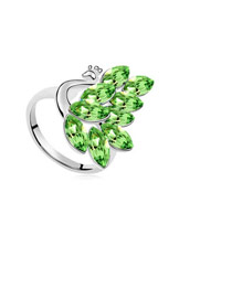 Handcrafte Green Peacock Shape Design Austrian Crystal Crystal Rings