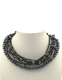 Elegant Black Round Shape Decorated Necklace
