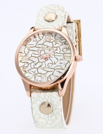 Fashion White Rivet Decorated Round Dail Pure Color Watch