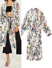 Fashion White Flower Pattern Decorated Simple Coat