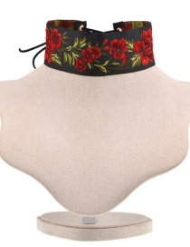 Vintage Multi-color Embroidery Flower Decorated Choker