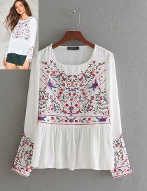 Fashion White Embroidery Flower Decorated Round Neckline Shirt