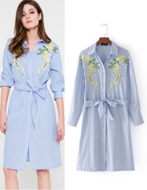 Fashion Blue+white Embroidery Flower Decorated Dress