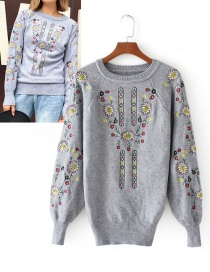 Fashion Gray Embroidery Flower Decorated Sweater