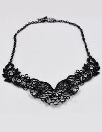 Fashion Black Flowe Shape Decorated Necklace