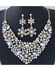 Elegant White Flower Shape Design Hollow Out Jewelry Sets