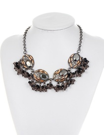 Fashion Gun Black Diamond Decorated Oval Shape Design Necklace