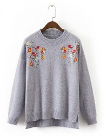 Trendy Gray Embroidery Decorated Round Neckline Sweater
