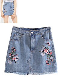 Fashion Blue Embroidery Flower Decorated Skirt