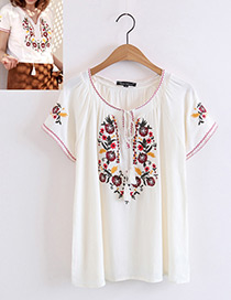 Bohemia White Embroidery Flower Decorated Blouse