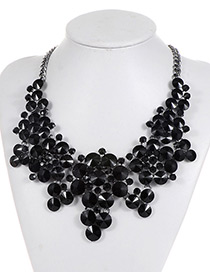 Elegant Black Flower Shape Decprated Necklace