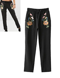 Fashion Black Flower Decorated Trousers
