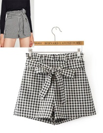 Fashion Gray Grid Pattern Decorated Shorts