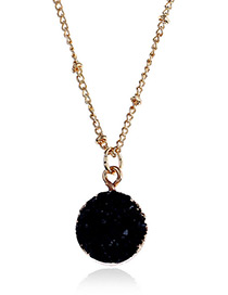 Elegant Black Rouond Shape Pendant Decorated Necklace