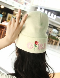 Lovely White Rose Shape Decorate Cap