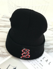 Fashion Blac+red Embroidery Snake Decorated Hat