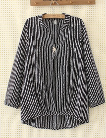 Elegant Black+white Color-macthing Decorated Shirt