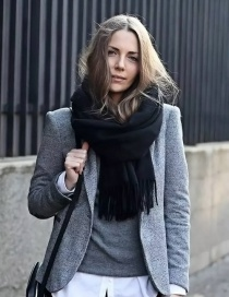 Fashion Black Tassel Decorated Scarf
