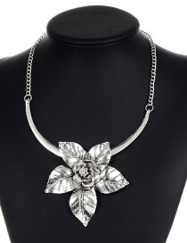 Fashion Silver Color Flower Decorated Pure Color Necklace