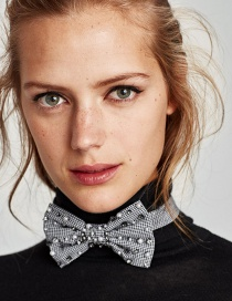 Elegant Black+white Bowknot Shape Decorated Choker
